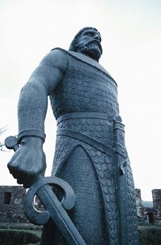 knight-w-sword.jpg