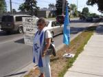 110715 Day 23 Blue Beret vigil vs. Mosque support for Cdn Boat to Gaza, London, ON, Canada